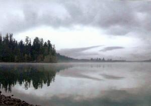 Cloudy lake - KLM